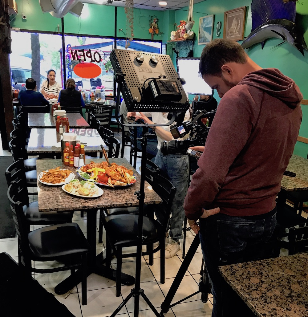 alegrias-seafood-chicago-chicagos-best-filming