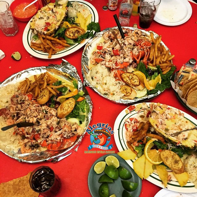 alegrias-seafood-chicago-family-tray-specials
