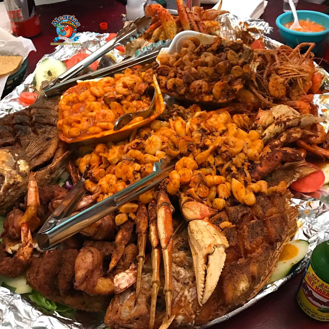 alegrias-seafood-chicago-snapper-tilapia-shrimp-lobster-famosa-mariscada-2