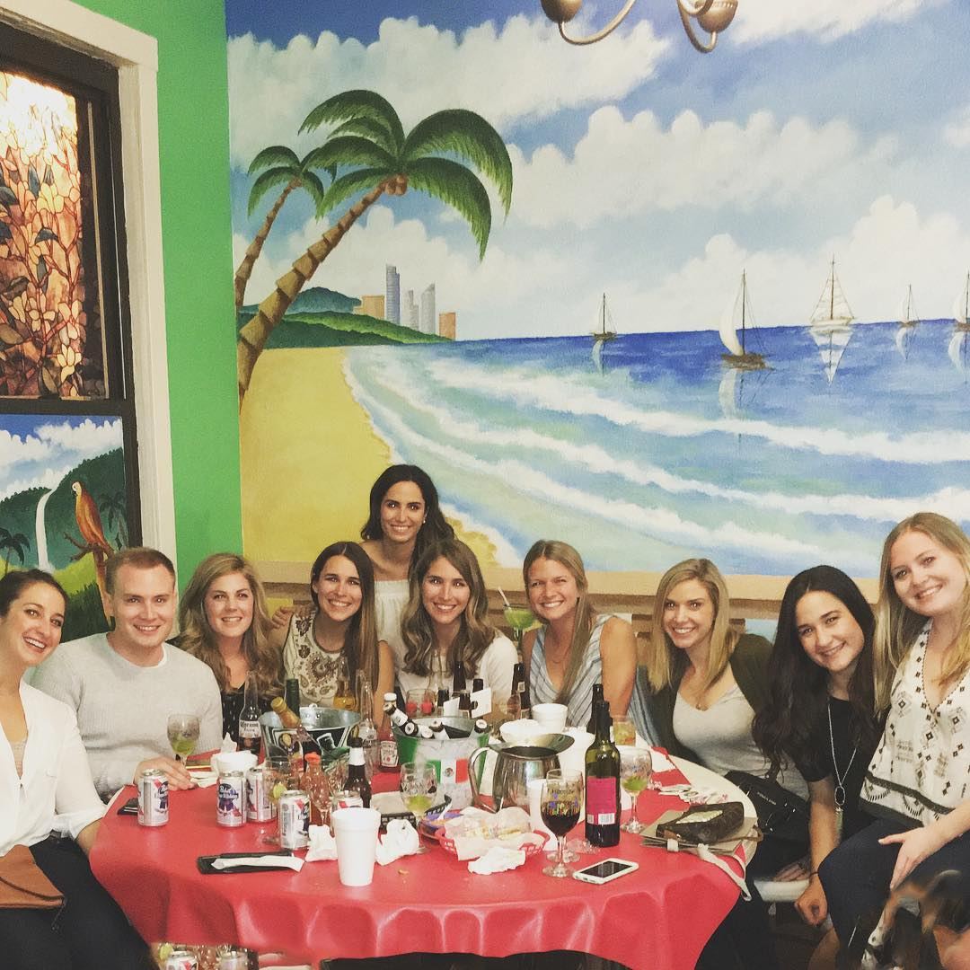 alegrias-seafood-chicago-people-party-24