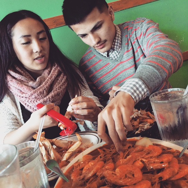 alegrias-seafood-chicago-people-party-42