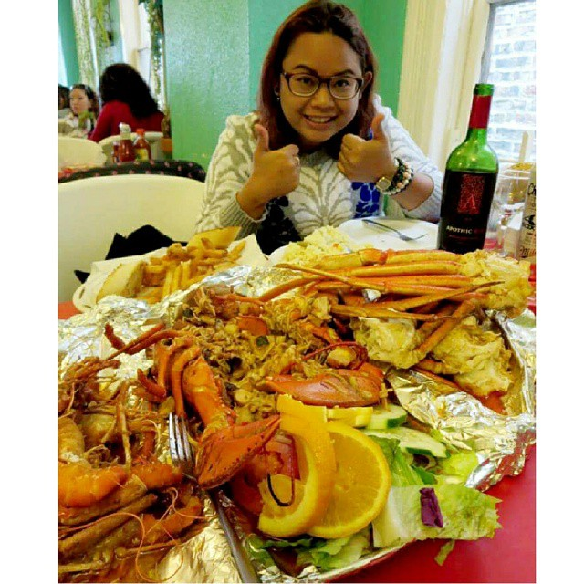 alegrias-seafood-chicago-people-party-45