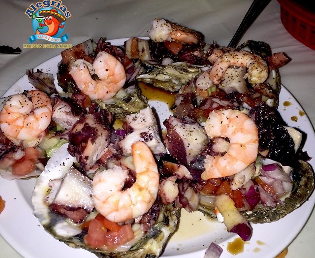 alegrias-seafood-chicago-oysters-shrimp-octopus-ostiones-especiales-1