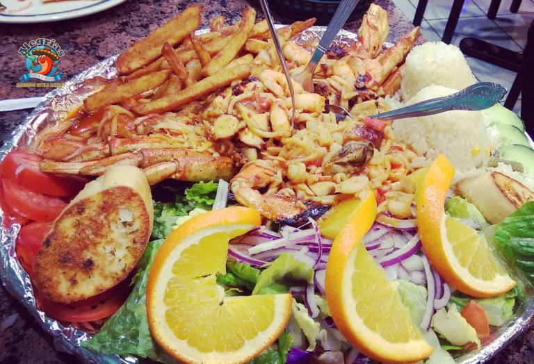 alegrias-seafood-chicago-prawns-crab-legs-mussels-shrimp-charola-mixta-6