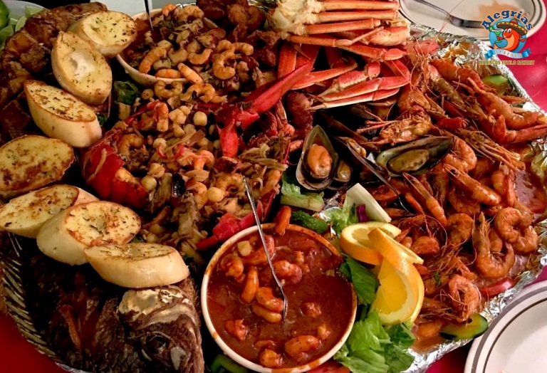alegrias-seafood-chicago-snapper-tilapia-shrimp-lobster-famosa-mariscada-11