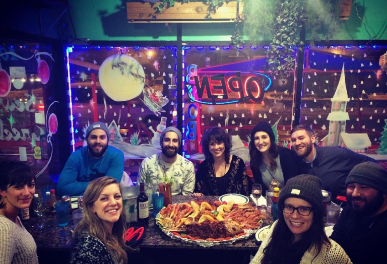alegrias-seafood-chicago-people-party-30